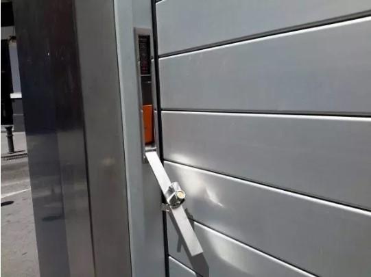 abrir puerta electrica manualmente