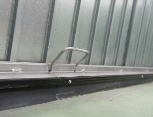 Que es y como instalar un burlete para tu puerta de garaje