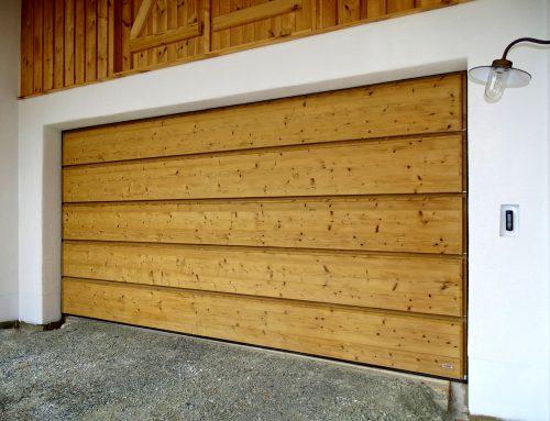 Cuales son los mejores materiales para puertas de garaje y sus diferencias